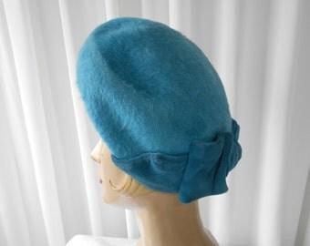 Vintage Felt Faux Fur Turquoise Tilt Hat with Teal Velvet Bow Trim  1960's  #20038