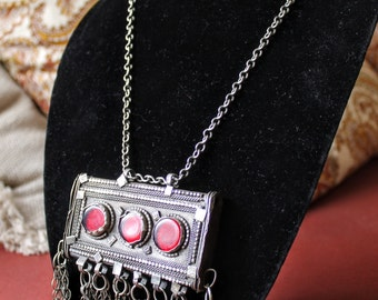 Bedouin Hirz Prayerbox Necklace with Red Glass Accent