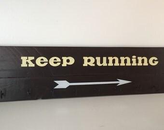 Running medal holder, Medal display, Keep Running, Race medal display, pallet wood art and sign. Race medal holder.  Medal rack.