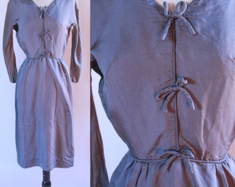 1940's 1/4 Sleeve Grey Wiggle Dress XS