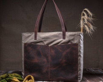 Canvas tote bag - shoulder tote bag - with leather pocket and leather straps - beige