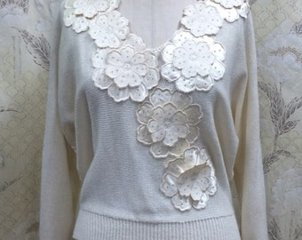 1980s Cream Sweater With Floral Appliques/UMI Collections