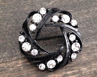 black and rhinestone vintage brooch, vintage brooch, gothic jewelry, gothic pin, antique jewellery, gift, dramatic jewelry, unique