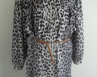Vintage 80s  Canda Long Sleeves Grey Silver Leopard Print Dress