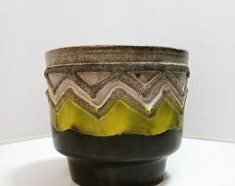 Vintage Mid Century Modern VEB Strehla Keramik Fat Lava Zig Zag Geometric Yellow Black Flower Pot Planter East Germany 70s Ceramics Pottery