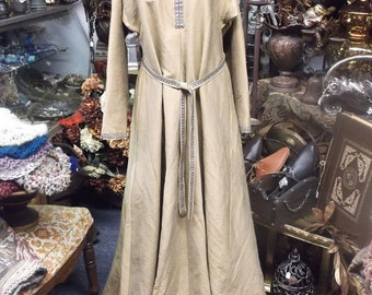 Silk Medieval Gown with Belt - M/L