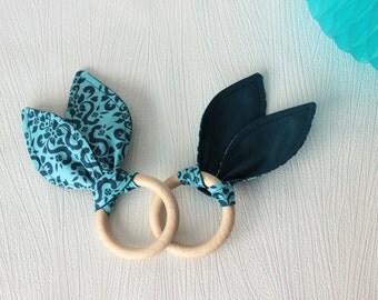Teether inspiration Montessori - grip ring - rattle wooden - cotton organic tone blue