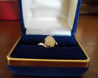 Vintage Silver and Stone Ring