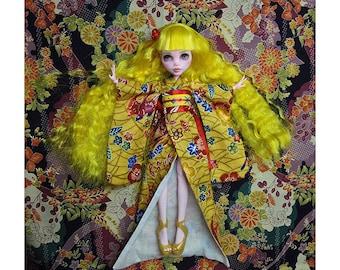 handmade Monster high kimono---Yellow
