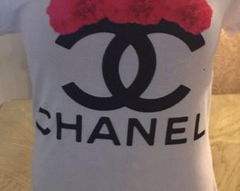 Chanel logo t-shirt