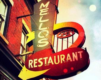 Melos Restaurant
