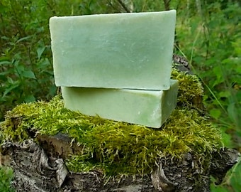 Woodland Spruce Soap - Cold Process - Essential Oil - Spruce, Fir Balsam, Vetiver, Fir Needle - Evergreen - Herbal Infused, All Natural