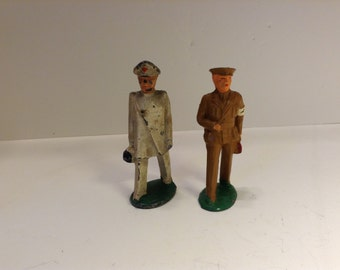 Vintage Dimestore Manoil  Barclay Doctor Toy Figures