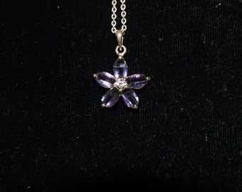Flower Pendant Necklace with Silver Setting and Chain