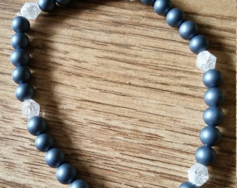 Shell Pearl Elasticated Bracelet