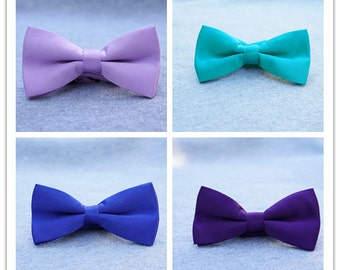 Matching color bow ties