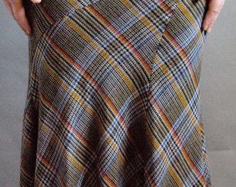 Wool plaid maxi length tulip skirt with belt