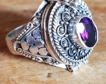 Amethyst Poison Ring