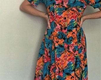10 DOLLAR SALE!!! Joni Blair Vintage 80s Womens 9 Knee Length Button Floral Colorful Dress