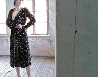 1920s Embroidered Velvet Dress Size S/M