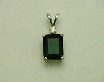 9x7mm Green Amethyst and 2mm White Zircon Gemstones in 925 Sterling Silver Pendant Necklace