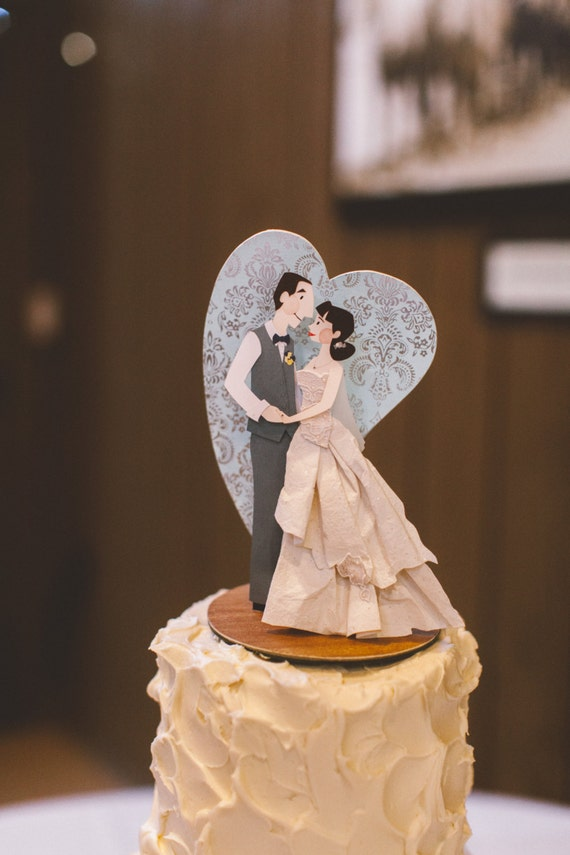 bride and groom wedding cake toppers customized uk wedding cake topper and groom cake topper custom cake 12128