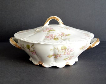 Round Haviland Limoges Covered Dish  MADE IN FRANCE Antique Fine China Serving Dish Vegetable Casserole Bowl Casserole with Lid Pink Florals