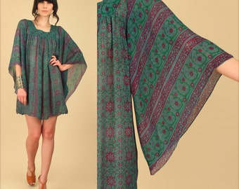 ViNtAgE 70's INDIAN Silk Caftan Mini Dress // India Angel Wing Bohemian Dress // Sheer Hippie Boho Festival Dress // Small Medium S M