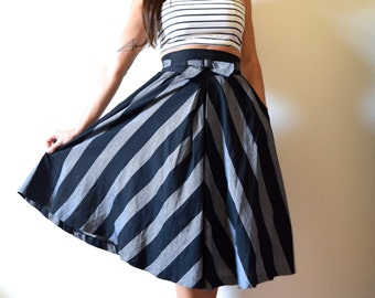 Vintage 50s 60s Black and Grey Striped Chevron High Waisted Circle Skirt (size xs, small)