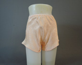 Vintage 1940s Rayon Panties, 24 to 28 inch waist, Tap Pants Peach Floral Satin