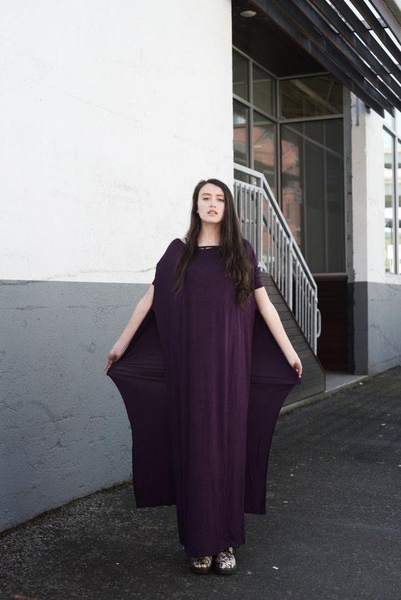 BABOOSHKA Modern Vent Tee Oversized Maxi Dress Knit Short Sleeve Convertible Tunic Off Shoulder Wide Scoop Neck Black White Charcoal Gray