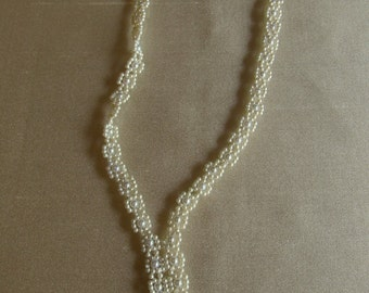 Eighties Victorian Pearl Lariat