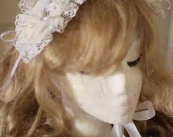 White lolita bonnet headdress