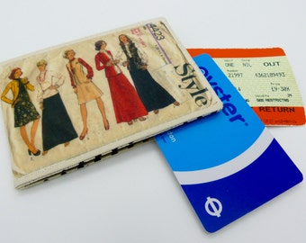 Oyster card holder, bus pass holder, travel card holder, wallet. Dress pattern print . Card wallet, Oyster card wallet, credit card holder