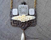 Vintage ARTISAN Jewelry NECKLACE steampunk Antique watch parts INDUSTRIAL Pearl