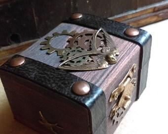 Steampunk embellished ring box