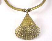 Sea Shell Necklace - Boho Hippie Brass Necklace - Beach Summer Vintage Jewelry