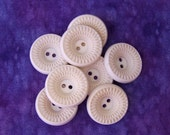 Vintage Buttons 21mm - 3/4 inch Etched Spirograph Inspired Retro Mod Flower Buttons - 8 VTG NOS Warm Off White Plastic Sewing Buttons PL188