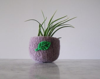 Air Plant Planter - Grey/Lavender Wool Felted Bowl with Bright Green Leaf - Ring Bowl - Catch All - Plant Pot - Gifts for Gardeners