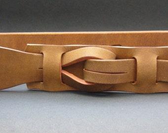 """Muse """"Qallu"""" Belt in Dark Camel  1.5 width"""
