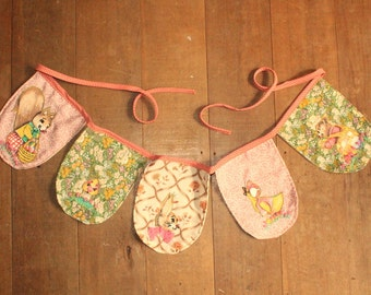 hanging garland / pennant / bunting with woodland animals