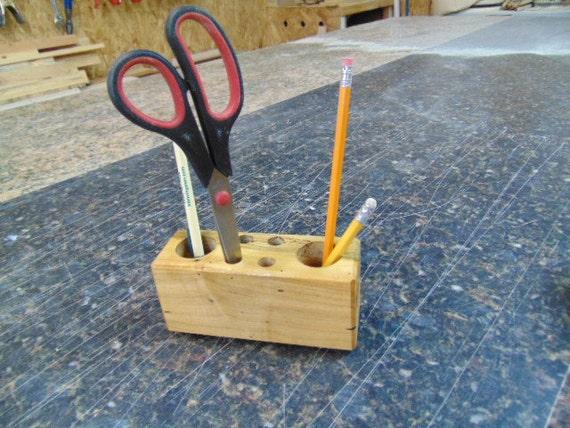 Articles similaires pot crayon bois cadet crayon - Changer un bloc porte existant ...