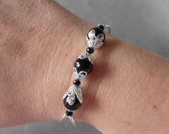 Black Bracelet Swarovski Pearl Prom Jewelry Black and Silver Beaded Bracelet Black Pearl Bridesmaid Gift Wedding Jewelry Adjustable Length