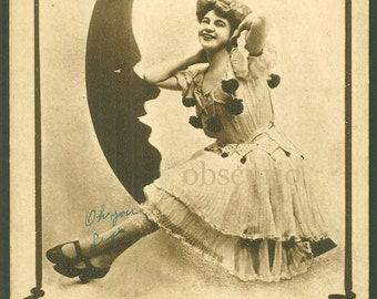 Paper Moon / Pretty Lady with Man in the Moon / Vintage 1909 Postcard