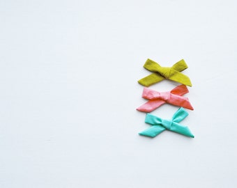 Set of 3 Summer Colors Solid Hand-tied Simple Classic Fabric Bow Nylon Elastic or Alligator Clip