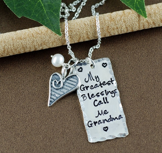 Sweet necklace for grandmothers