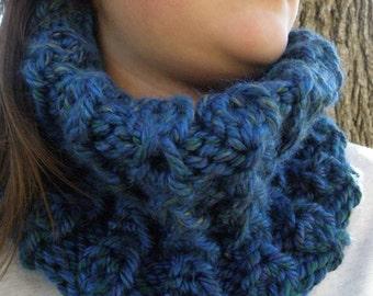 Hand Knit Infinity Cowl Scarf  - LAKE BLUE Mums Garden Neckwarmer (1048)