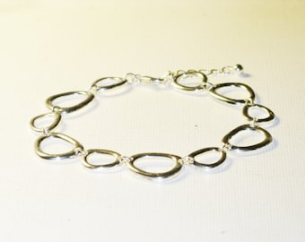 Vintage SAQ Silver Tone Geometric Abstract Link Bracelet (BR-2-2)