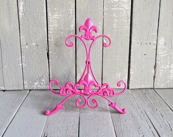 Pink Easel, Metal Easel Book Stand Art Prop, Shabby Cottage Chic, Fleur De Lis, Parisian Chic, Cottage Chic, French Country, Paris Apartment