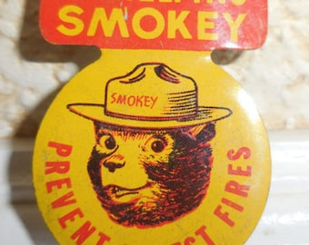 I'm Helping SMOKEY THE BEAR Prevent Forest Fires Tin Green Duck Button Badge